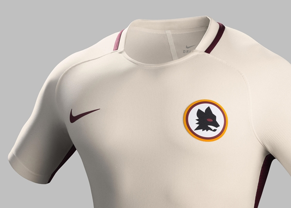 Su16_CK_Comms_A_Crest_Match_AS_Roma_R_rectangle_1600
