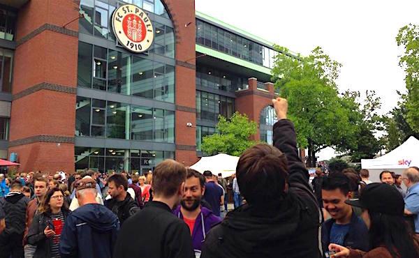 World of Football Kapuzenpulli Supporters-Bochum