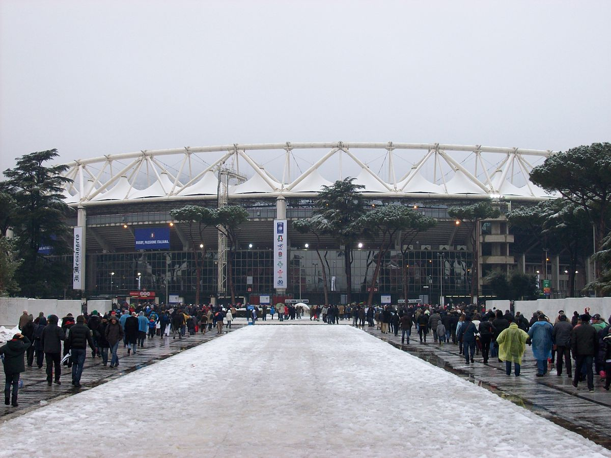 1200px-2012-02-11_Rome_Olympic_Stadium_under_the_snow_ITA_-_ENG_rugby
